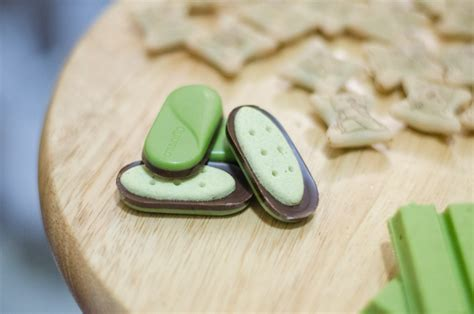 Cookies Almond Greentea Milk Bandung matcha snacks product review spilling the beans food