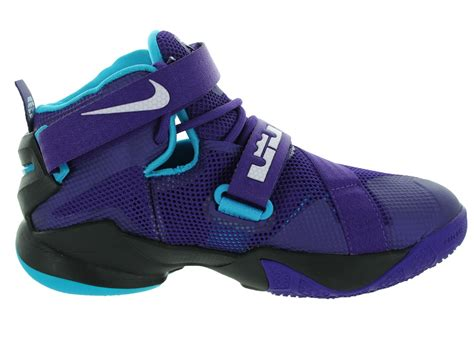 nike boys basketball shoes blue nike boys basketball shoes blue 28 images myntra nike