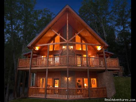 image  cabin  night luxury gatlinburg cabins  theater rooms realadventures
