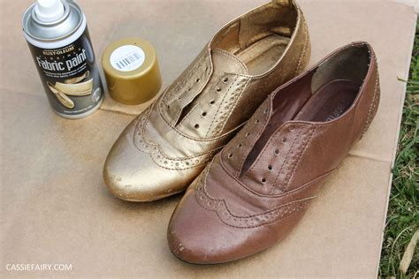 how to spray paint sneakers tuesday shoesday diy shoe makeover using spray paint