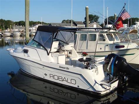 used robalo boats for sale massachusetts used 2000 robalo 2440 walkaround harwich port ma 02659