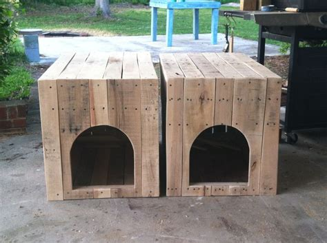 end table dog house pallet wood dog house end tables pallet everything pinterest