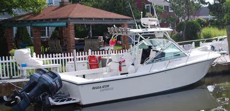 regulator boats express 1994 26 regulator express looks new the hull truth