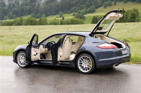Porsche Panamera will get Bentley platform