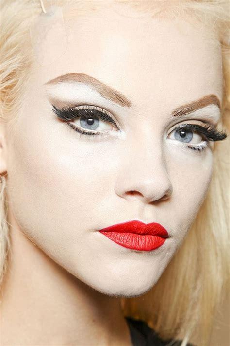 tutorial make up lipstik the best red lipstick makeup tutorial the model stage blog