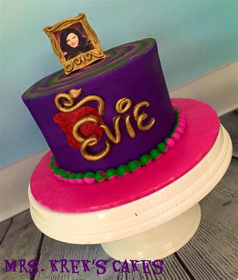 best 25 descendants cake ideas on decendants cake descendants 2 cake and
