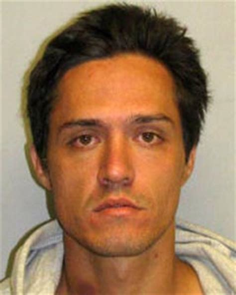 bench warrant hawaii big island police searching for hilo man wanted on two