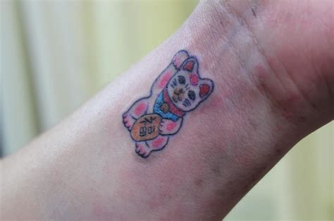 luck tattoo designs japanese lucky cat design www pixshark