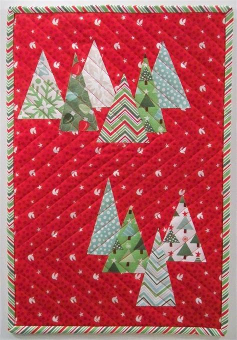 free tutorial christmas tree farm wall hanging