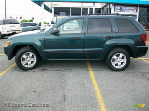 green jeep grand cherokee 2005 jeep grand cherokee laredo 4x4 in deep beryl green