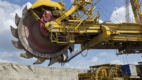 Heavy Industrial Machinery solutions solve challenges of heavy machinery makers