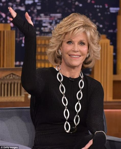 how to do hair like jayne fonda jane fonda 77 looks years younger as she chats with