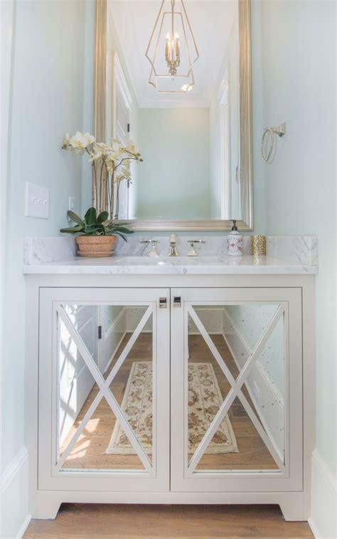cabinets  bathrooms  vanities