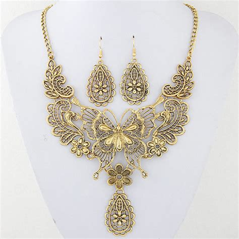 Kalung Korea Choker Decorated Hollow Out Design vintage gold color metal butterfly decorated hollow out design jewelry sets asujewelry