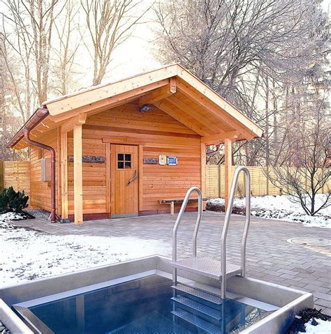 backyard sauna 25 best ideas about outdoor sauna on pinterest saunas