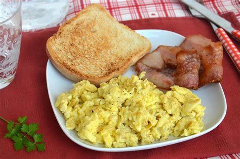 ricette per cucinare le uova 187 uova strapazzate ricetta uova strapazzate di misya