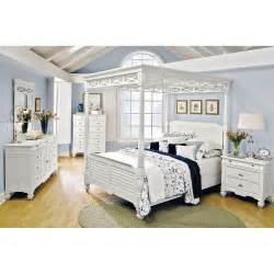 White Canopy Bedroom Furniture Plantation Cove White Canopy Bedroom Bed American