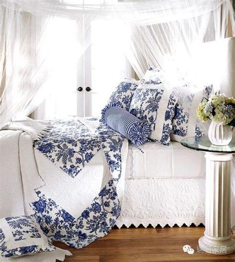 blue and white bedrooms blue and white bed bedding bedroom pinterest