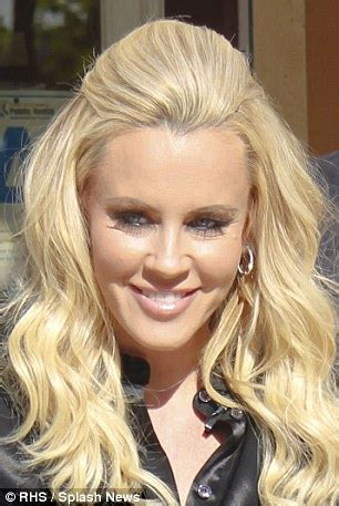 jenny mccarthy low lights jenny mccarthy with dark hair short hairstyle 2013