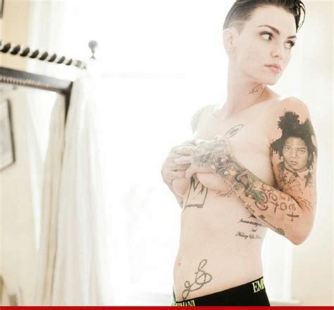 25 Arresting Photos Of Ruby Rose That Ll Make You Wish She