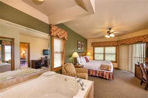 2 bedroom suites in branson mo one bedroom grand villa westgate lodging in branson missouri