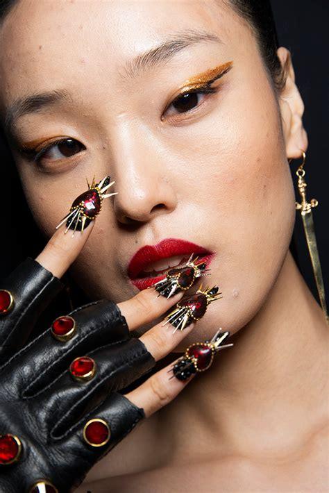 nail trends   spring  runways thatll
