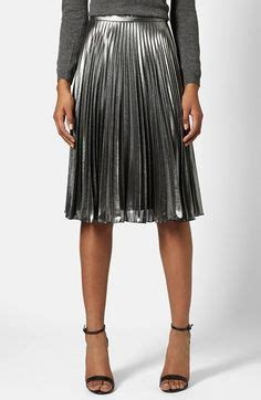 2016 Sneaker Casual M2m23 0155 silver metallic pleated midi skirt and layered bell sleeve