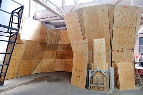 daily news garage   rock climbing gym brooklyn paper