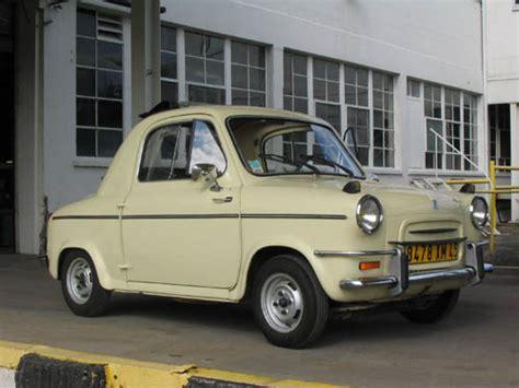 Vespa Auto by Vespa 400 1958 Motor Museum