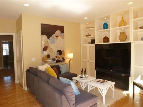 small tv room layout 小客厅收纳电视柜背景墙效果图 土巴兔装修效果图