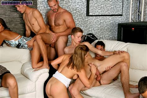 On These Bisexual Orgy Party You Can Fuck W Xxx Dessert