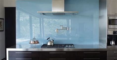 frosted glass backsplash in kitchen 28 trendy minimalist solid glass kitchen backsplashes
