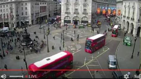 london cam piccadilly circus live streaming london west end traffic