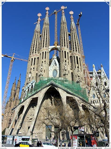 sagrada familia church barcelona