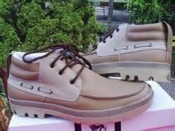 Adidas Casual Tali Santai Jalan Jalan Pria Warna Hitam Merah Toko Guda info sepatu pria