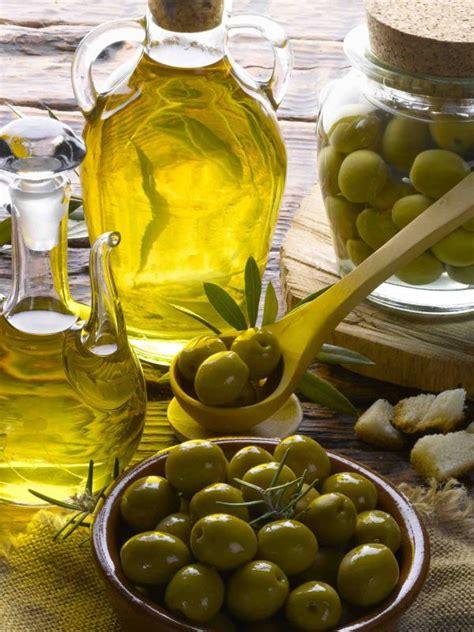 Minyak Zaitun Untuk Tubuh manfaat minyak zaitun untuk kesehatan tubuh anda alzafa