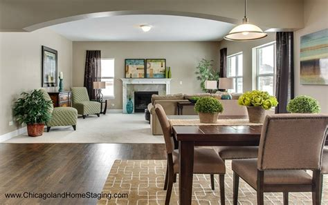 How To Stage A Dining Room Table by Chicagoland Home Staging Asks What S On Your Dining Table