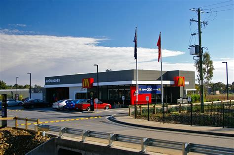 mcdonald s australia crew member salaries in sydney