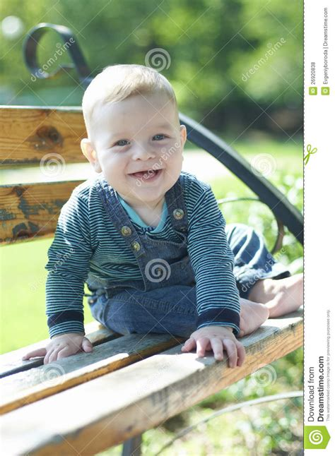 boys bench boys bench 28 images boy on a wooden bench stock photo