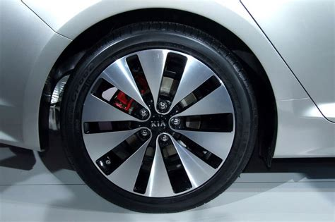 Kia Tires For Need Help Identifying These Wheels 8th Generation Honda
