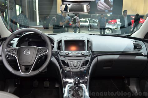 opel zafira 2015 interior 2015 opel insignia 2 0 litre cdti interior at the 2014