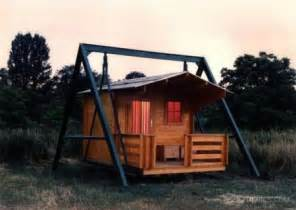 unique cabin designs a pair of unique quot house quot designs craziest gadgets