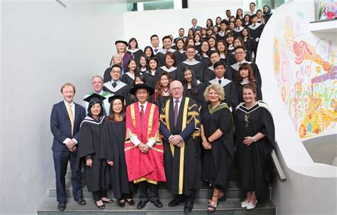 Of Stirling Mba Fees by Ceremony Recognises Stirling S Singapore Retail Graduates