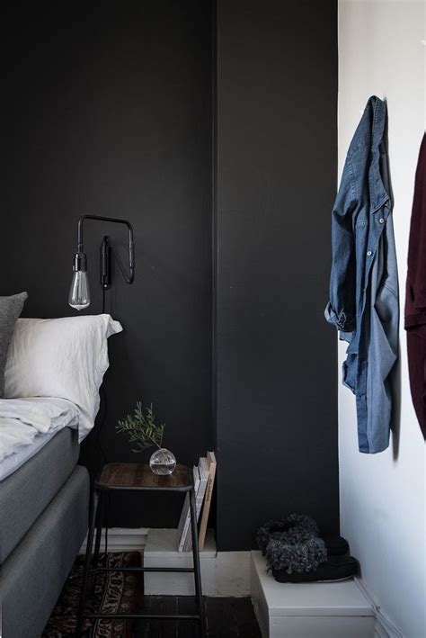 black and grey bedroom 25 best ideas about grey bedroom walls on