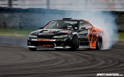 nissan drift cars cars drifting cars racer drifting nissan silvia s15
