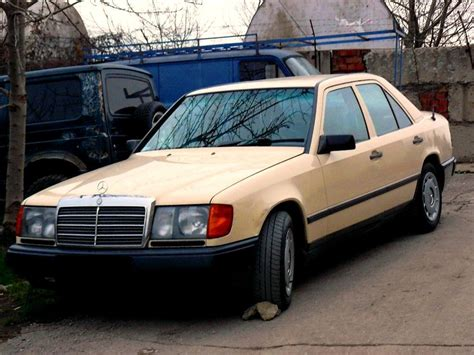 automotive repair manual 1986 mercedes benz e class navigation system service manual how to replace 1986 mercedes benz e class headlight bulb service manual 1998