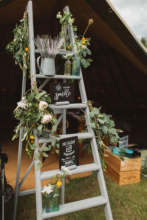 perfect wedding decoration ideas  vintage ladders