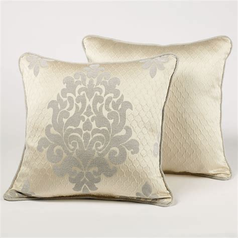 How To Make A Waterfall Valance Windsor Fleur Medallion Comforter Bedding By J Queen New York