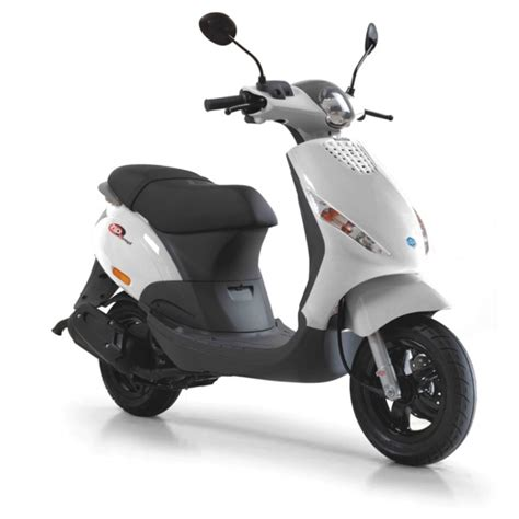 piaggio zip review and photos