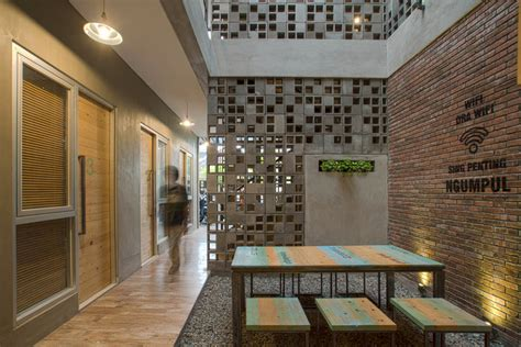 design school in indonesia bioclimatic and biophilic boarding house andyrahman